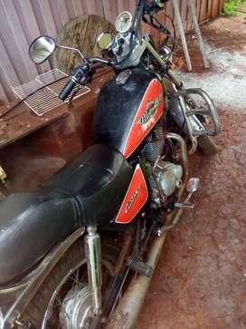 Vendo moto en buen estado