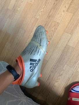 Guayos adidas techfit