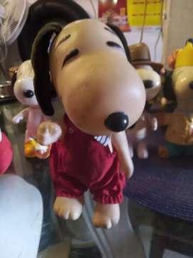 Vendo Snoopy plástico