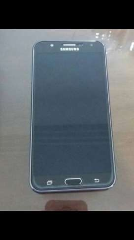 Vendo celular j7 samsung