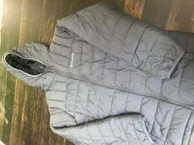 Sueter Columbia Talla S color gris