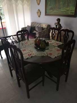 Comedor y 2 sillas auxiliares sala