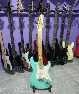 Guitarra Eléctrica Tagima Stratocaster TW530 Vintage.