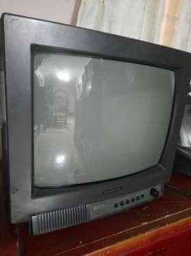 Televisor pequeño no le sirven los botones