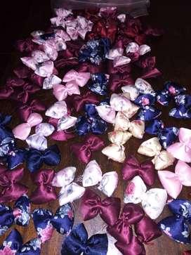 MOÑOS para accesorios de mascotas o bijouterie para niñas. 100 unidades surtidas x 500 pesos.