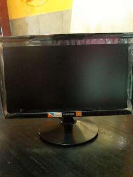 Monitor LED 19 Samsung