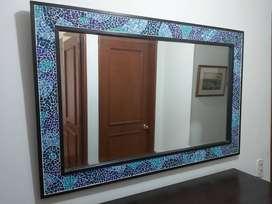 Espejo con azulejos