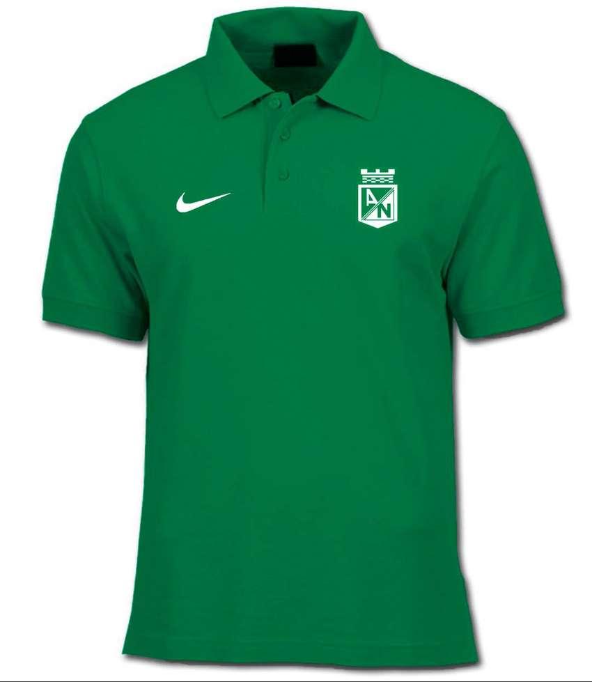Camiseta Tipo Polo Atlético Nacional Logos Bordados