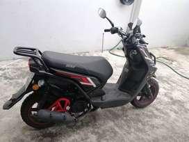 Motoneta IGM color negro 4 meses de uso   $950 negóciable