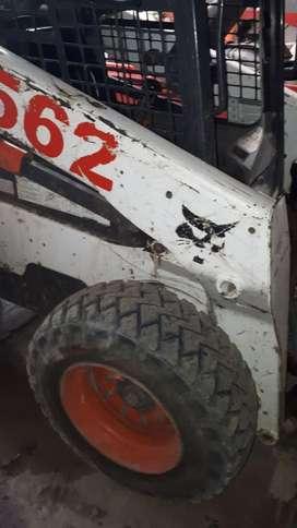 Bobcat con Seguro Maquinista Y Maquina