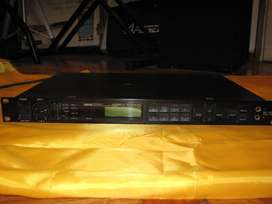 Multiefecto De Audio Profesional Yamaha Spx 1000