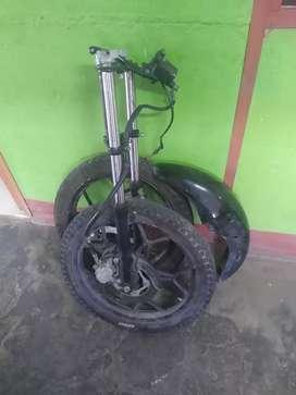 Barras y llantas de moto