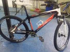 Bicicleta rin 26 en carbono