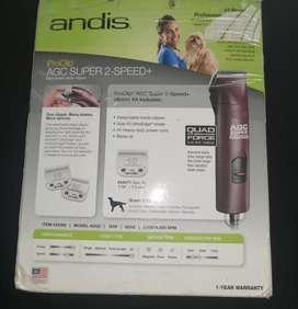 Se vende maquina ANDIS  de peluquería