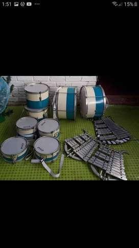 Vendo banda rítmica y instrumentos de chirimia en buen estado