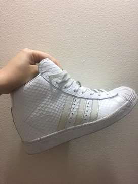 Adidas superstar Up talla 37