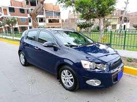 Chevrolet Sonic LT Color Azul Real Solido Año Modelo 2014 FULL; versión Hatchback Motor 1.6 Trasmisión AT secuencial.