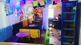 Se vende restaurante karaoke bar
