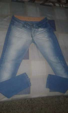 Jeans talles 40,42