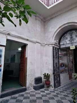 VENDO CASONA EN EL CENTRO DE AREQUIPA; CALLE JERUSALEN