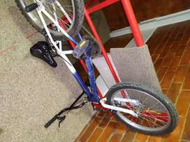 Vendo bicicleta para niño entre 8-9 años en buen estado
