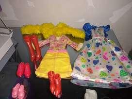 Ropa Barbie usada