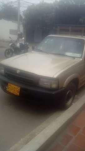 Mazda b 2200