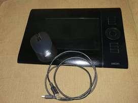Tableta Grafica Wacom Intuos 4 con mouse