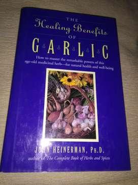 The healing benefits of GARLIC . los beneficios del AJO . LIBRO SALUD en ingles