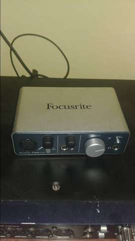 Placa Externa Usb Interface de Audio I Track Solo de Focusrite
