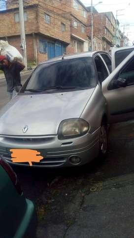 Renault symbol 2002 papeles al día correa de reparticion recien canbiada muy buen estado buen rendimento papeles al dia