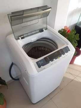 Se vende lavadora mabe de 18 libras