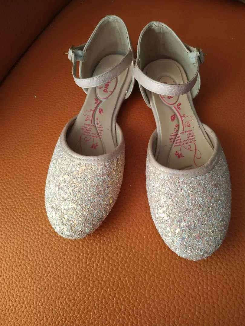 Sandalias de niña TALLA 35 0