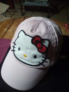 DIVINA GORRA DE KITTY