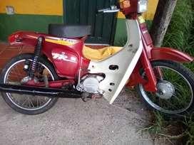 Suzuki de 100