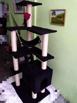 Gimnasio para gato grande