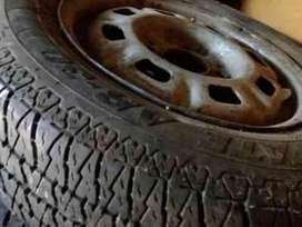 vendo o permuto ruedas rodado 13