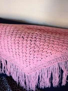 Chalina en pico, color rosa al crochet