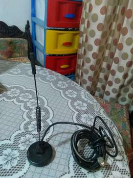 Antena celular y televisión