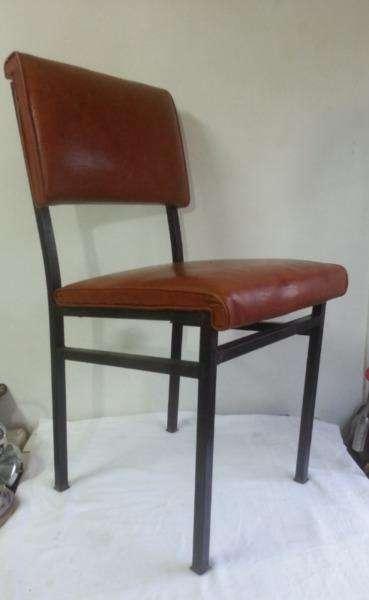 Antigua silla metálica Retro 0
