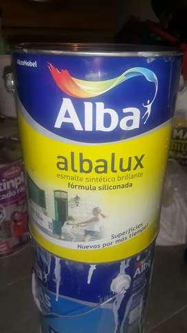 Vendo pintura latex de 20 litros