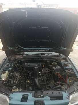 Vendo carro Peugeot 306 modelo 95 multipunto clarabolla electrica