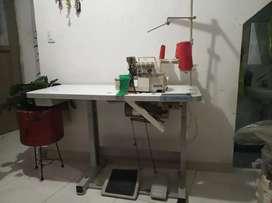 Se vende máquina fileteadora 5 hilos