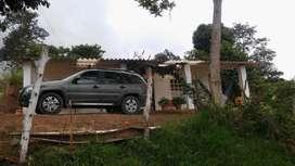 Finca Cafetera en Arbelaez Cundinamarca/ puerta cerrada