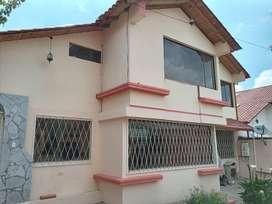 Arriendo casa independiente en Ficoa - Ambato