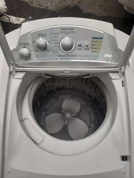 Vendo lavadora Mabe de 24 libras garantía 4 meses