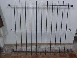 Reja grande nueva para ventana con grampas 1.60 mt x 1.40 mt