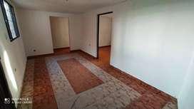 Espectacular casa en venta, esquinera , con 2 apartamentos terminados lote y terraza para futura construcción.