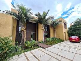 Vendo Hermosa casa en el exclusivo sector de hacienda San Simón - Las Fucsias.