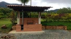 FINCA DE RECREO EN SAN JERÓNIMO